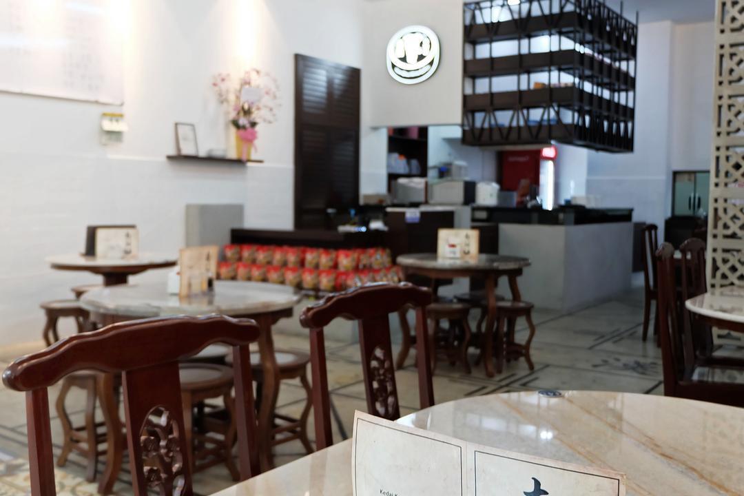Nam Chau, Nexis Sunway Damansara, Spazio Design Sdn Bhd, Traditional, Commercial, Dining Table, Furniture, Table, Cafe, Restaurant, Chair, Bar Stool