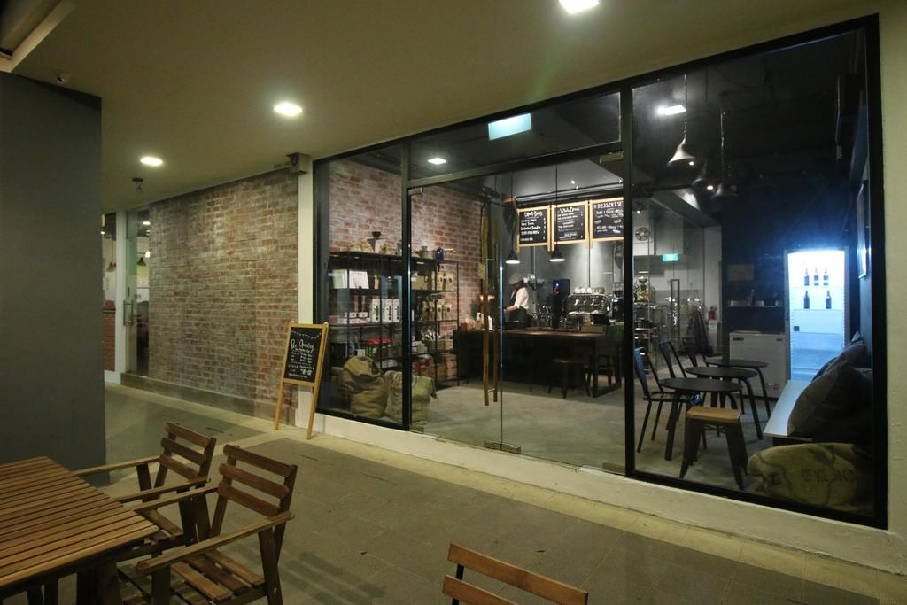 The Tiny Roaster, Commercial, Interior Designer, ChanInteriors, Industrial, Bench, Chair, Furniture, Cafe, Restaurant