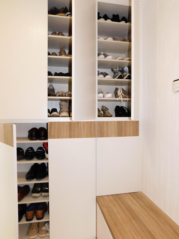 Minimalistic, Condo, Water Place, Interior Designer, DB Studio, Shelf
