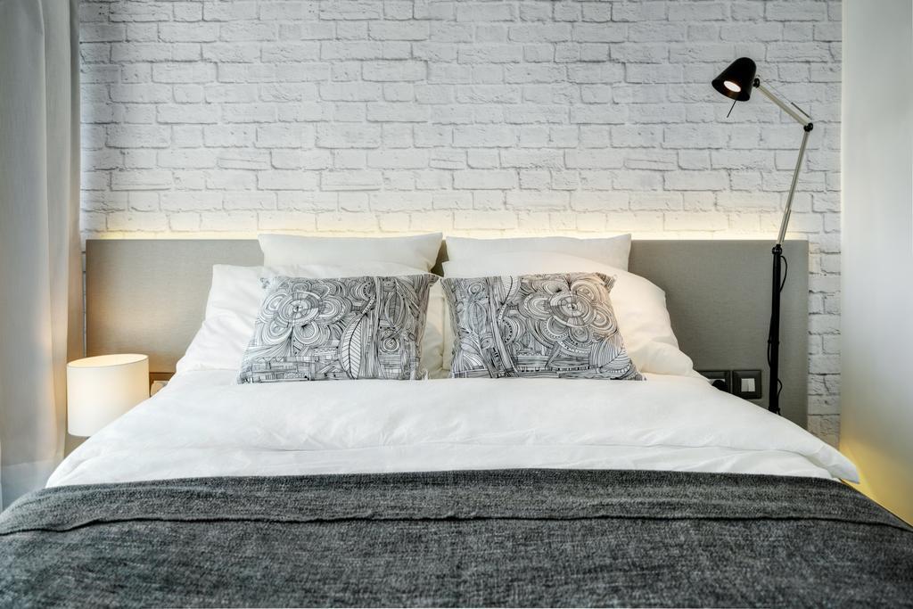 摩登, 私家樓, 睡房, 碧堤半島, 室內設計師, in Him's Interior Design, Cushion, Home Decor
