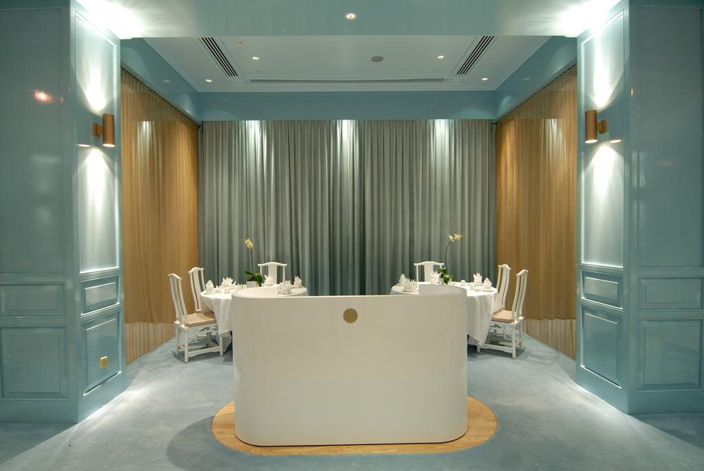 Royal China Restaurant, Commercial, Architect, Ministry of Design, Vintage, Indoors, Room