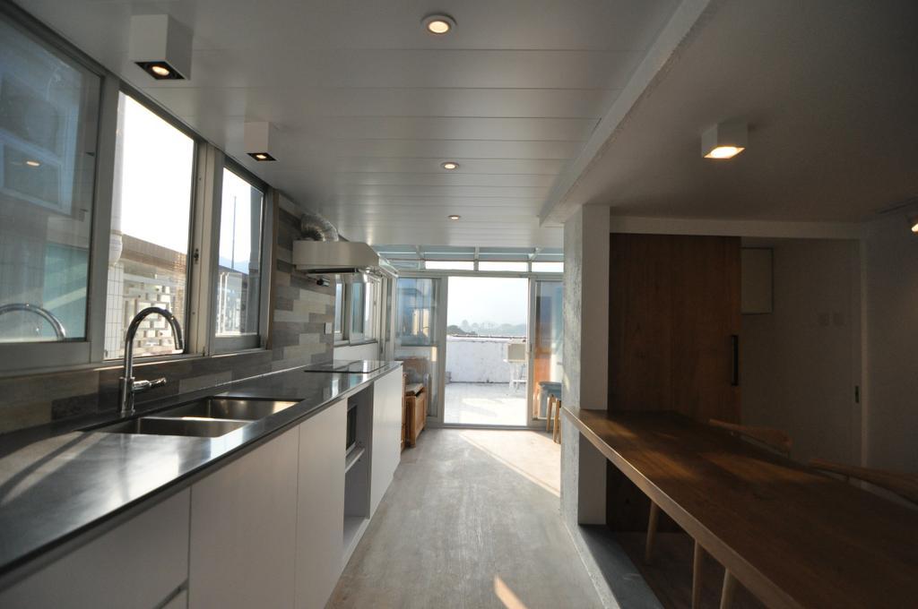摩登, 獨立屋, 廚房, 西貢, 室內設計師, Mister Glory, Plywood, Wood