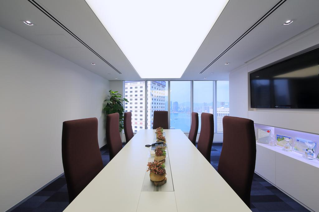 City Credit, 商用, 室內設計師, 泛高設計事務所, 摩登, Flora, Jar, Plant, Potted Plant, Pottery, Vase, Conference Room, Indoors, Meeting Room, Room, Chair, Furniture, Dining Table, Table, 飯廳, Interior Design