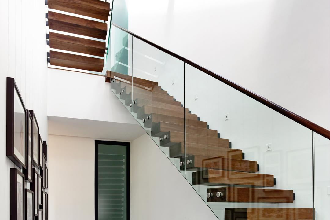Faber Terrace, HYLA Architects, Contemporary, Landed, Banister, Handrail, Staircase, Lumber, Wood