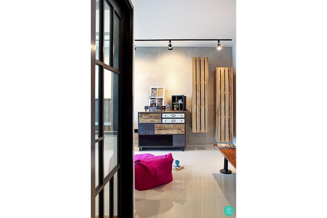 Versaform-Esparina-Industrial-Hallway-Corridor
