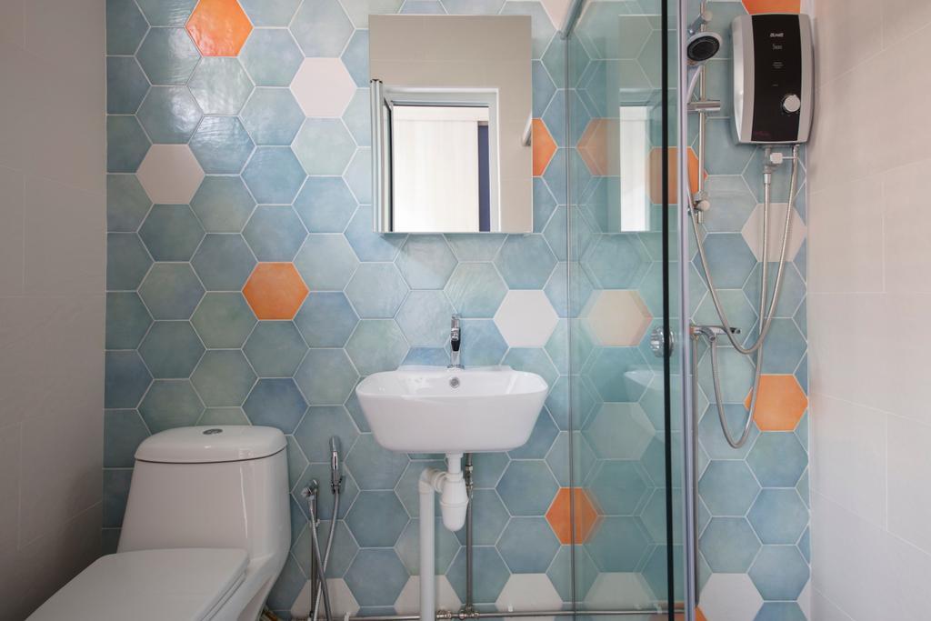 Contemporary, HDB, Bathroom, Tampines Avenue 9, Interior Designer, Boon Siew D'sign, Toilet, Indoors, Interior Design, Room