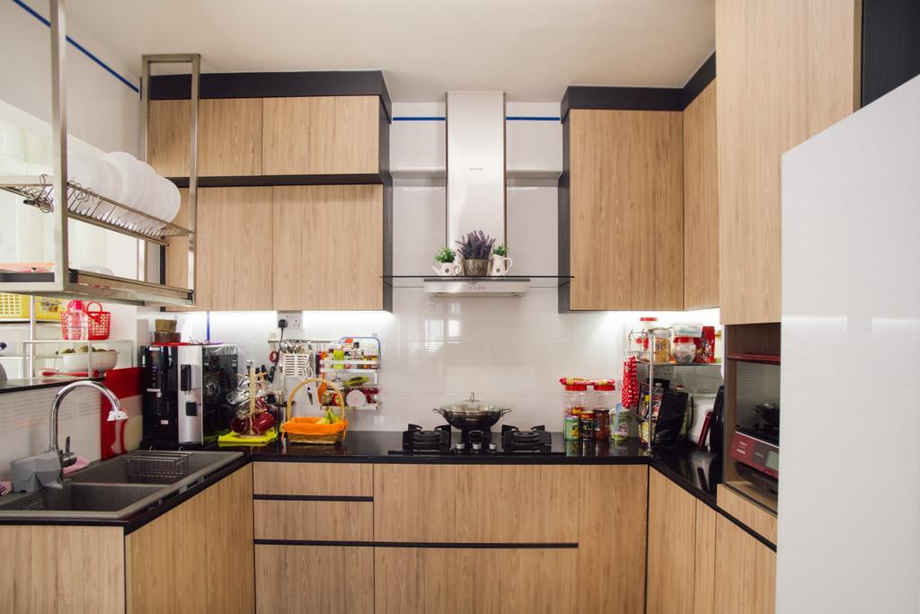 Modern, HDB, Kitchen, Telok Blangah Heights (Block 70B), Interior Designer, Urban Habitat Design, Contemporary, Indoors, Interior Design, Room