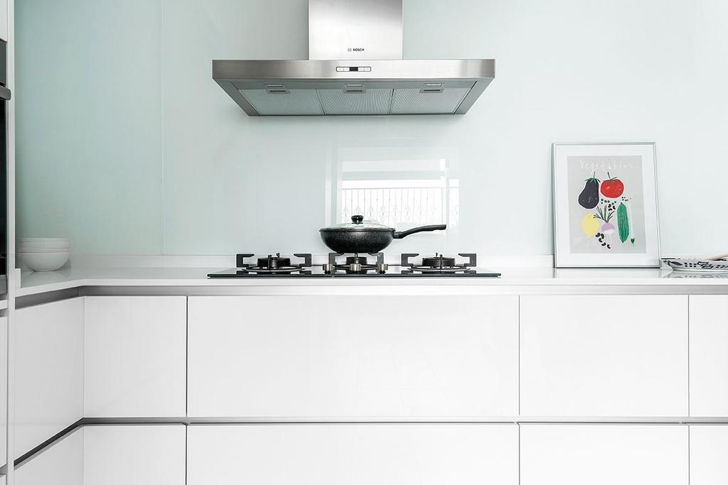 Minimalistic, HDB, Kitchen, Choa Chu Kang Street 54 (Block 768), Interior Designer, Icon Interior Design, Furniture, Sideboard, Shelf