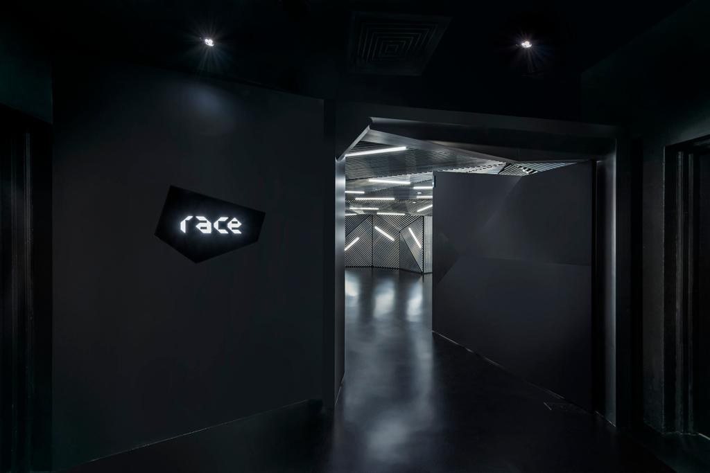Race Robotics Lab, Commercial, Architect, Ministry of Design, Industrial, Corridor