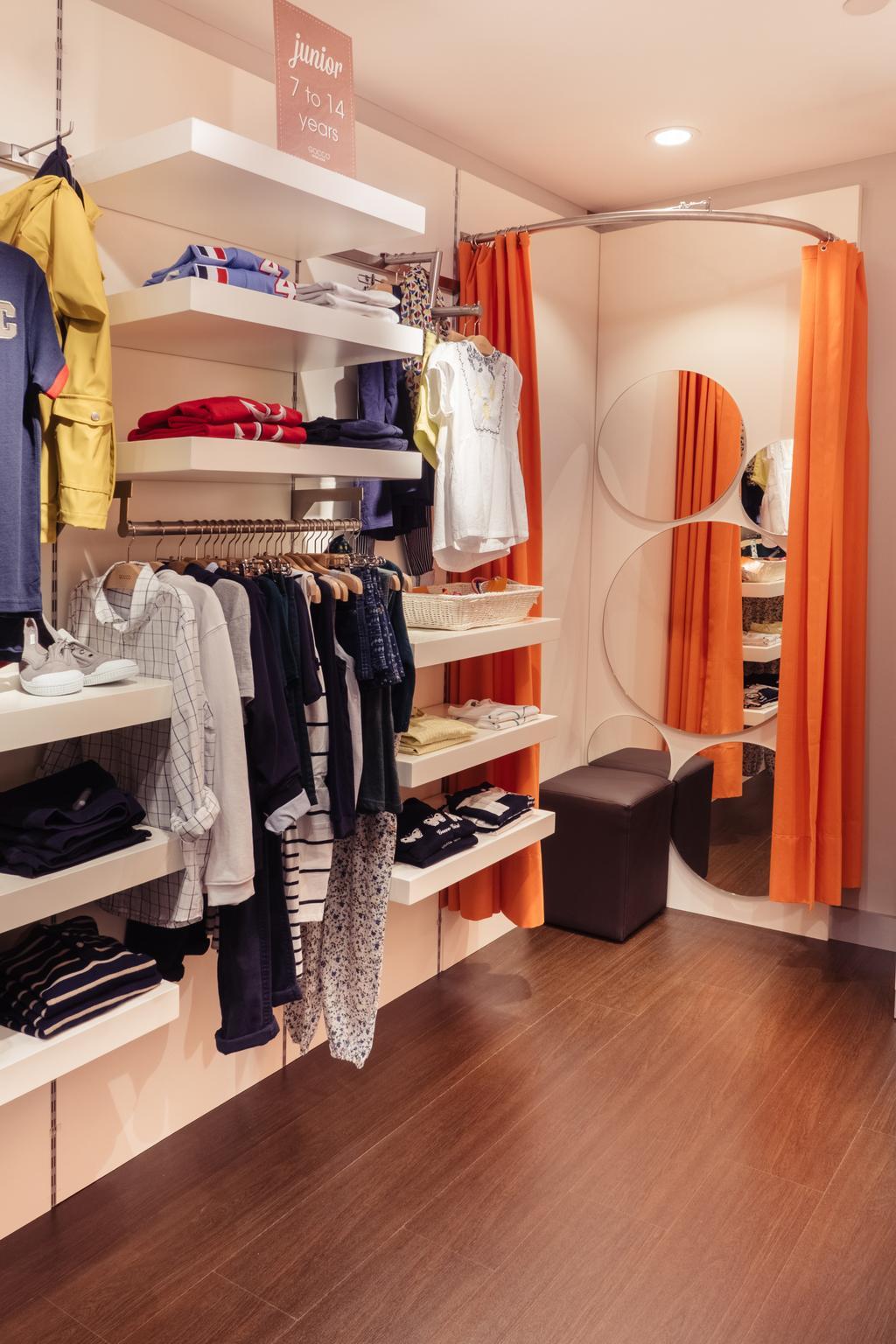 Gocco, Commercial, Interior Designer, Urban Habitat Design, Modern, Closet
