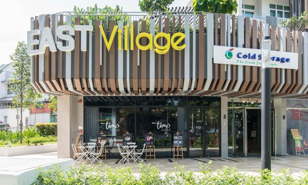 East Village, Commercial, Interior Designer, De Exclusive Design Group, Contemporary, Flora, Jar, Plant, Potted Plant, Pottery, Vase, Planter