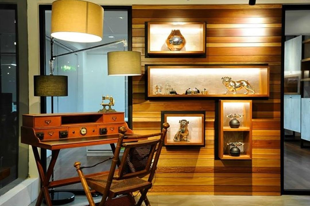 Showroom, M innovative Builders, Commercial, Hardwood, Stained Wood, Wood, Lighting, Lamp, Lampshade, Furniture, Table