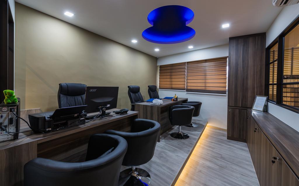 Flo Design Showroom, Commercial, Interior Designer, Flo Design, Modern, Scandinavian, Conference Room, Indoors, Meeting Room, Room, Couch, Furniture