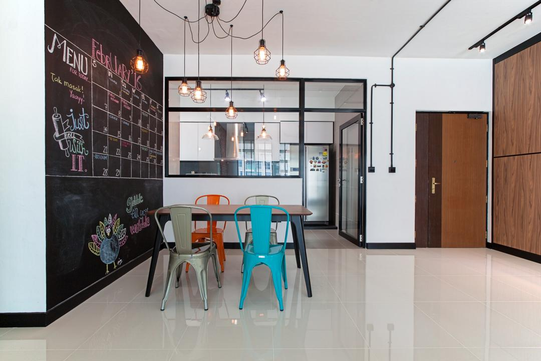 Waterway Ridges, Luova Project Services, Scandinavian, Dining Room, HDB, Dining Table, Furniture, Table, Chair, Blackboard, Cleaning