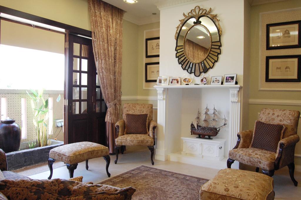 Vintage, Landed, Living Room, Petaling Jaya, Interior Designer, Meridian Interior Design, Chair, Furniture, Flora, Jar, Plant, Potted Plant, Pottery, Vase, Mirror
