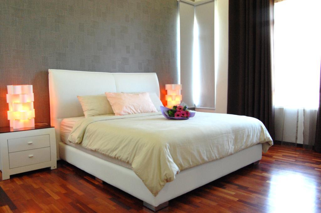 Transitional, Landed, Bedroom, Ara Damansara, Interior Designer, Meridian Interior Design, Bed, Furniture