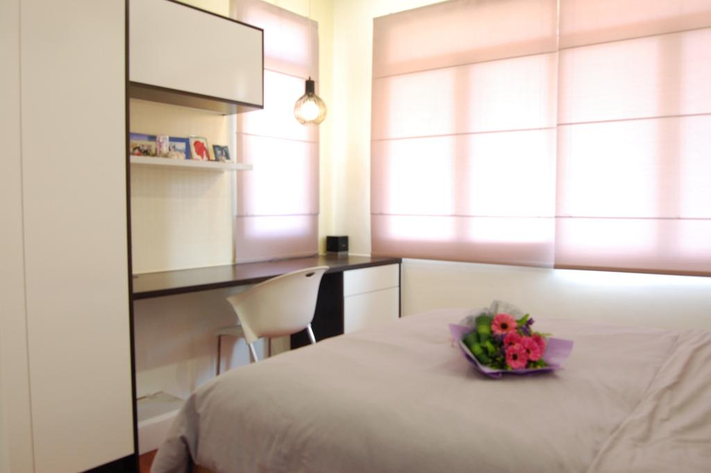 Transitional, Landed, Bedroom, Ara Damansara, Interior Designer, Meridian Interior Design, Art, Blossom, Flora, Flower, Flower Arrangement, Ikebana, Jar, Ornament, Plant, Pottery, Vase