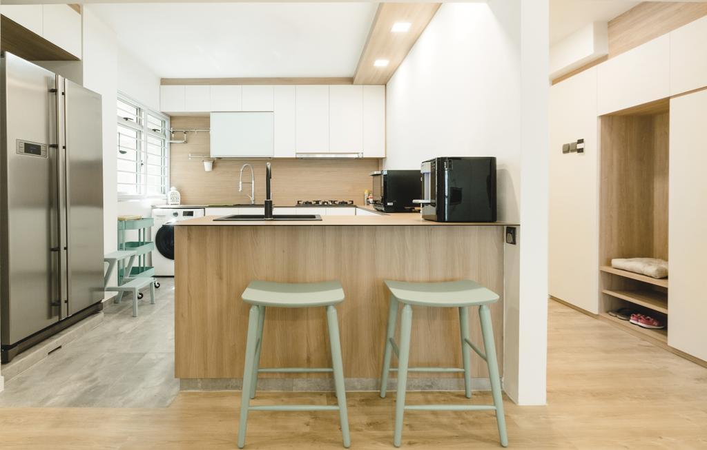 Minimalistic, HDB, Kitchen, Bukit Batok (Block 622), Interior Designer, Lemonfridge Studio, Bar Stool, Furniture, Indoors, Interior Design, Room, Chair