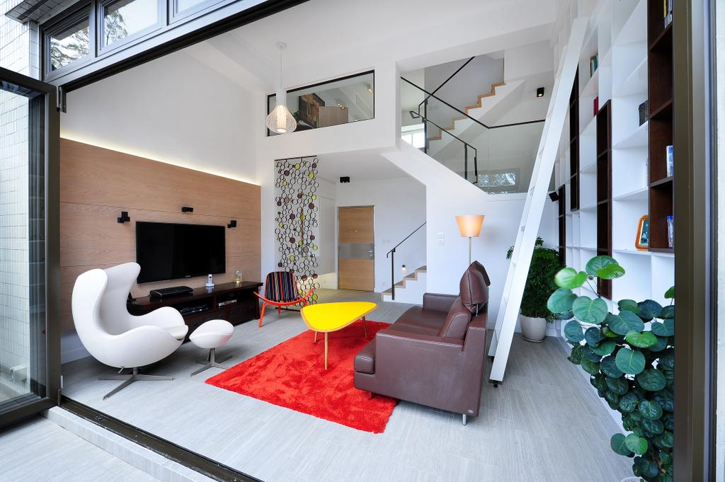 當代, 獨立屋, 客廳, 加州花園, 室內設計師, Krispace Design Consultancy, 隨性, 摩登, Flora, Plant, Vine, Ivy, Banister, Handrail, Staircase, Indoors, Interior Design, Room