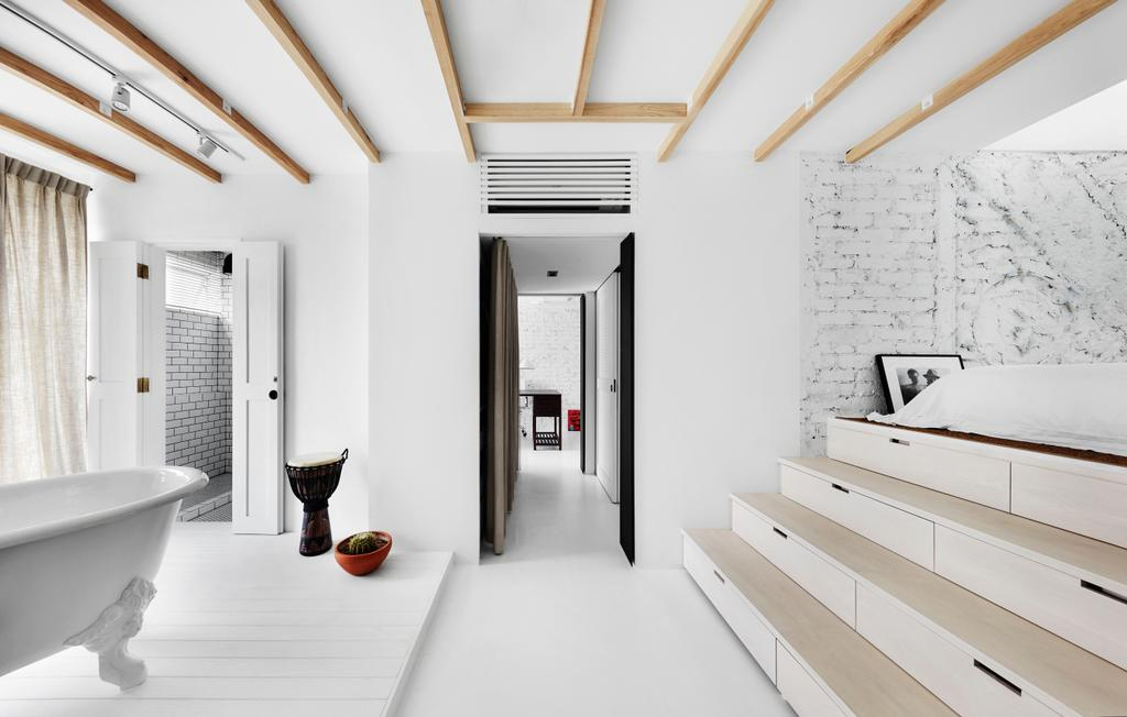 Industrial, Landed, Bedroom, White Brick House (Townhouse), Architect, UPSTAIRS_, Minimalistic, HDB, Building, Housing, Indoors, Loft, Tub, Corridor