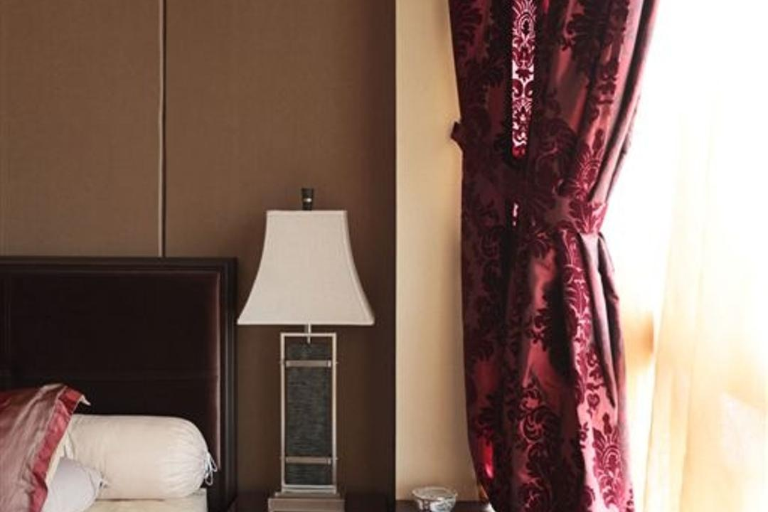 Mounbatten Riveredge, Free Space Intent, Vintage, Bedroom, Condo, Velvet, Lamp, Table Lamp, Indoors, Interior Design, Room