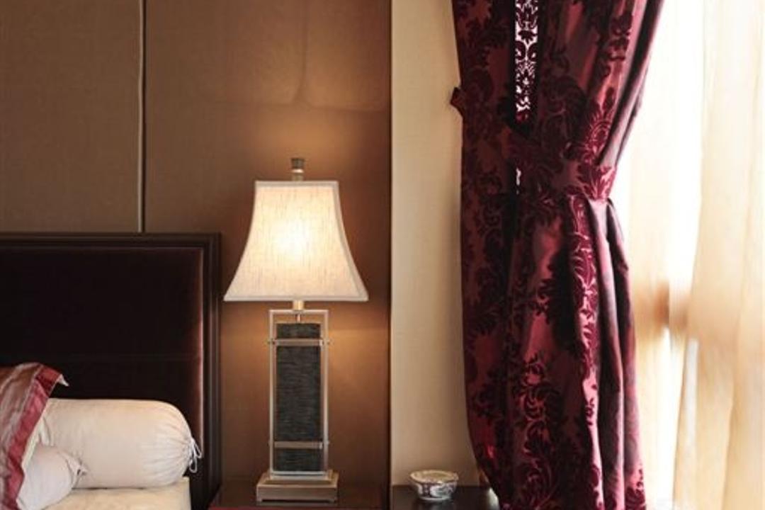 Mounbatten Riveredge, Free Space Intent, Vintage, Bedroom, Condo, Velvet, Lamp, Indoors, Interior Design, Room