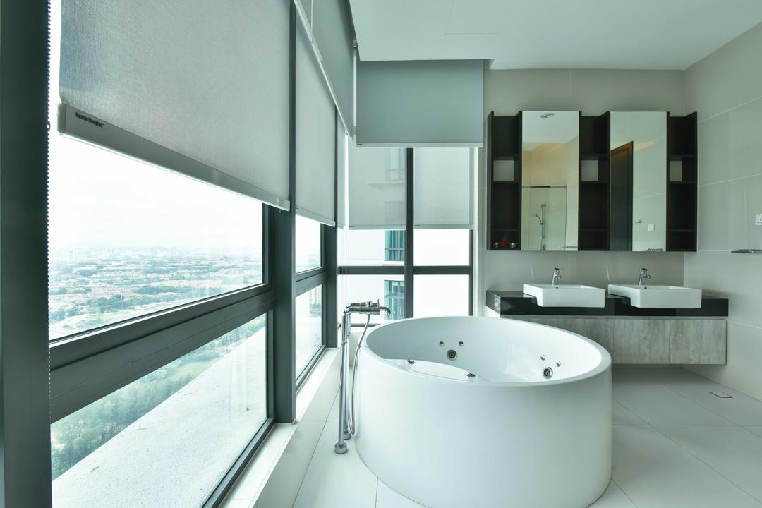 Tropicana Grande, Mode Interior Style, Modern, Bathroom, Condo, Bathtub, Tub, Door, Sliding Door