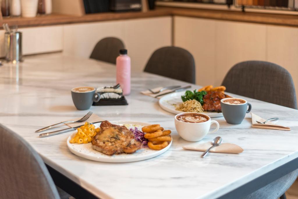 Food Philo, Commercial, Interior Designer, DreamCreations Interior, Eclectic, Food, Gravy, Bowl