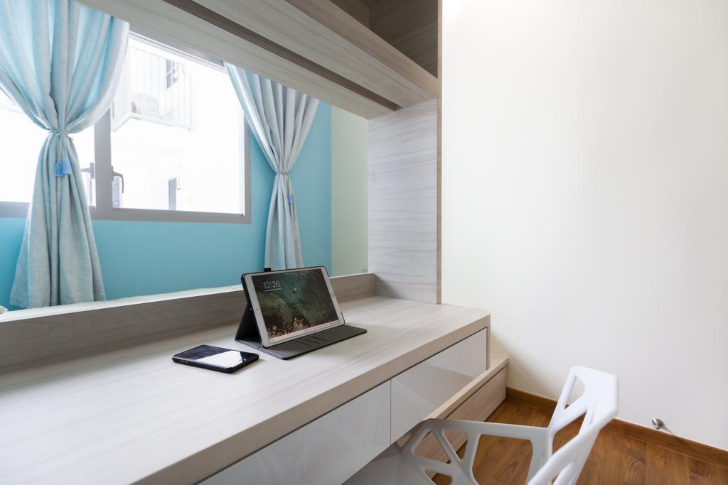 Condo, Tampines Street 86, Interior Designer, Starry Homestead, Chair, Furniture, Computer, Electronics, Laptop, Pc, Indoors, Interior Design, Molding