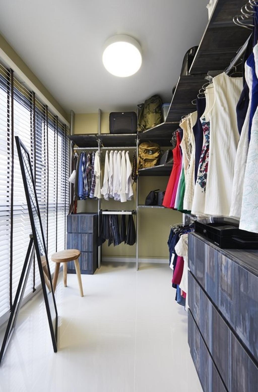Contemporary, HDB, Bedroom, Pasir Ris One, Interior Designer, Spire Id, Wardrobe, Walk In Wardrobe, Blinds, Cabinet, Dresser, Standing Mirror