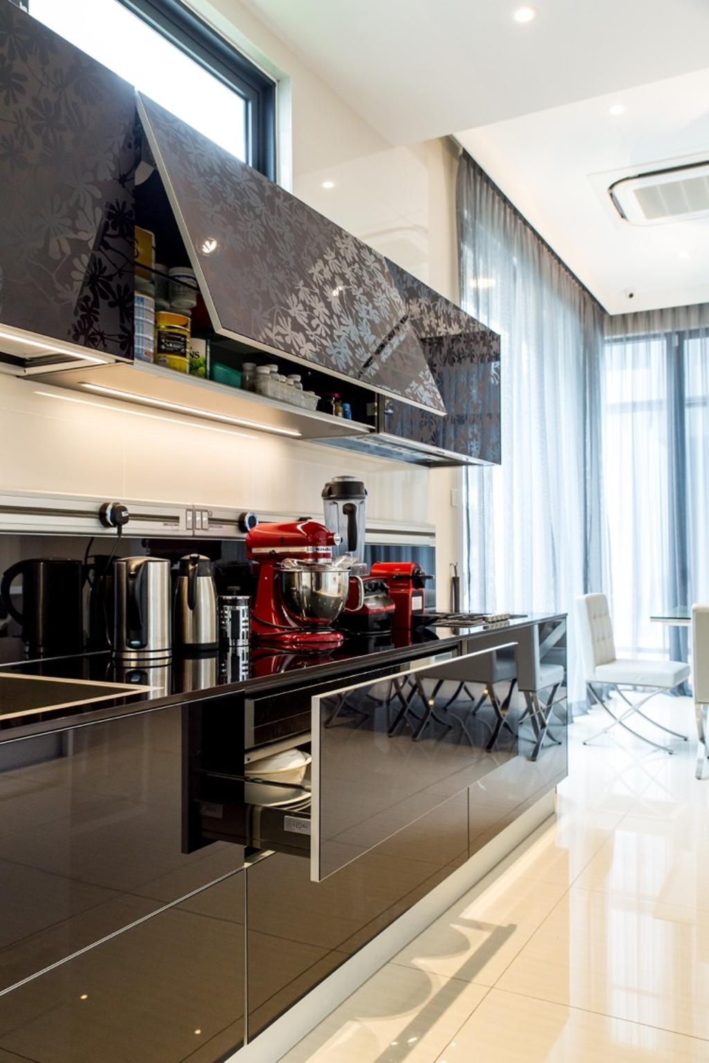 Modern, Landed, Twin Palms Sungai Long, Interior Designer, Klaasmen Sdn. Bhd., Contemporary, Apartment, Building, Housing, Indoors, Loft, Dining Table, Furniture, Table, Brewery, Factory