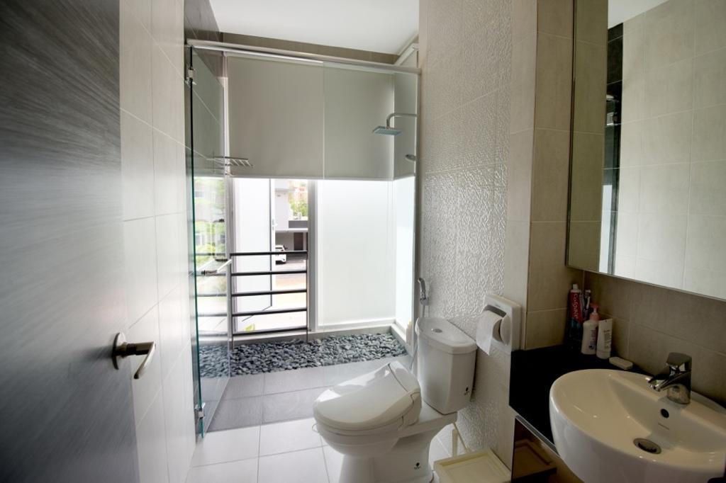 Modern, Landed, Bathroom, Setia Eco Park, Interior Designer, Klaasmen Sdn. Bhd., Contemporary, Toilet, Indoors, Interior Design, Room, Sink