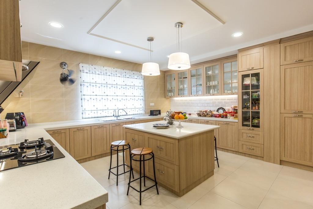 Eclectic, Landed, Kitchen, Taman Tar, Ampang, Interior Designer, Klaasmen Sdn. Bhd., Traditional, Indoors, Interior Design, Room, Bar Stool, Furniture