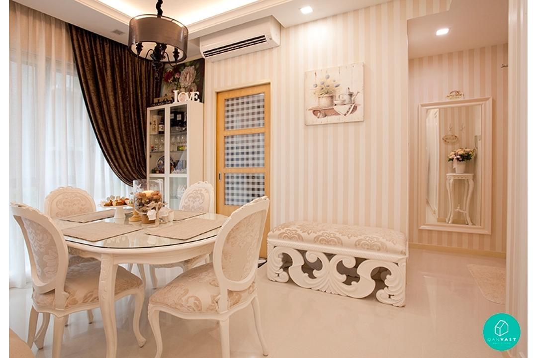 Voila-MarThoma-Vintage-English-Dining-Room