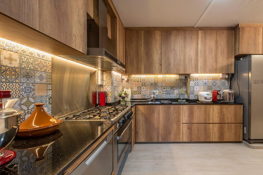 Woodlands Street 82, Ace Space Design, Eclectic, Kitchen, HDB, Backsplash, Backsplash Tile, Cove Lighting, Kitchen Cabinet, Cabinetry, Brown Cabinet, Exhaust Hood, Appliance, Electrical Device, Fridge, Refrigerator