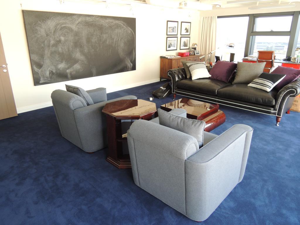 海濱道163號, 商用, 室內設計師, 駟達建築設計, 當代, Couch, Furniture, Blackboard
