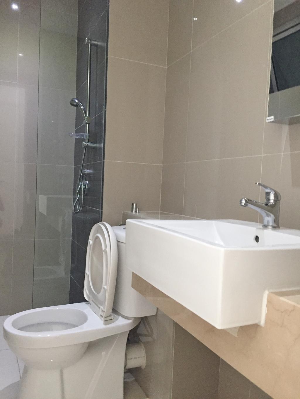 Minimalistic, Condo, Desa Green, KL, Interior Designer, DesignLah, Sink, Toilet
