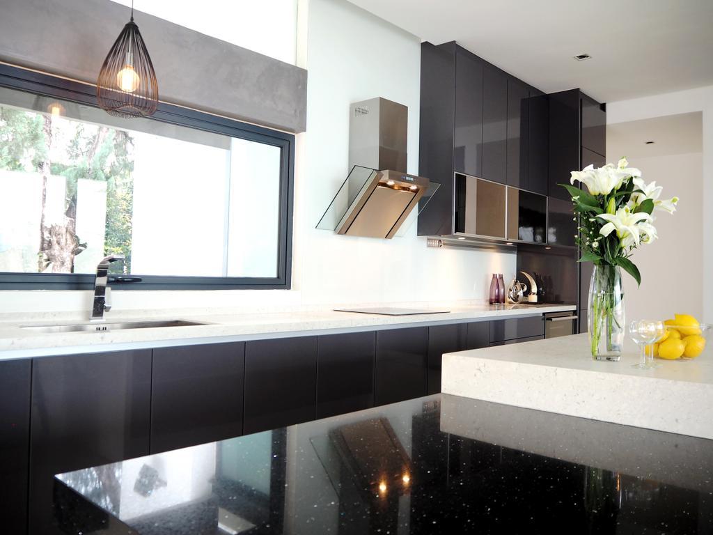 Contemporary, Landed, Kitchen, Bangsar, Interior Designer, Meridian Interior Design, Flora, Jar, Plant, Potted Plant, Pottery, Vase