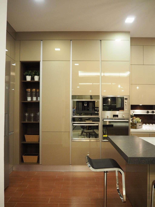 Modern, Landed, Kitchen, Ampang, Interior Designer, Meridian Interior Design, Appliance, Electrical Device, Oven, Microwave, Indoors, Interior Design