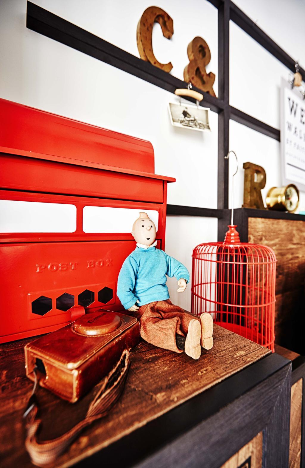 Industrial, Condo, Living Room, Arc @ Tampines, Interior Designer, Dan's Workshop, Camera, Doll, Bird Cage, Letter Box, Decorative Items, Human, People, Person