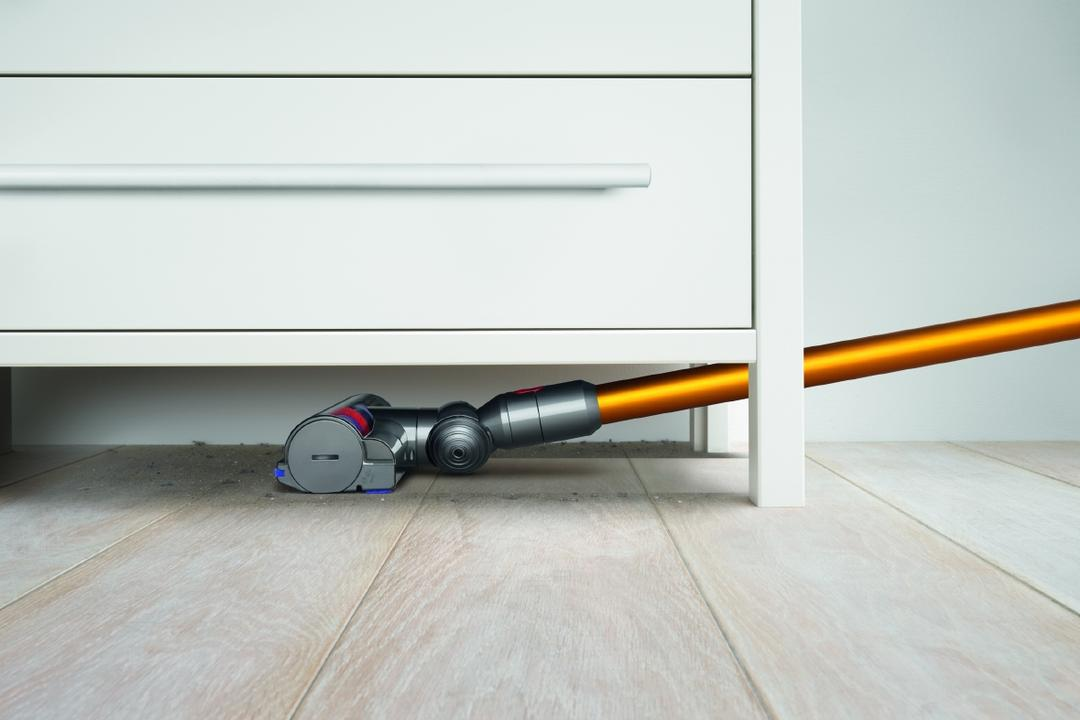 6 Handy Vacuum Cleaners For The Clean Geek In You 6