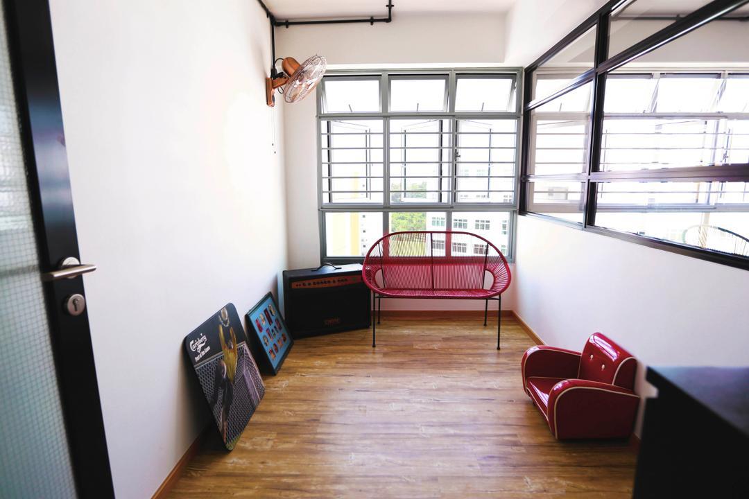 Choa Chu Kang (Block 487), Voila, Retro, Study, HDB, Chairs, Retro Furniture, Wooden Flooring, Small Furniture, Vintage, Wall Art, Wall Decor, Home Decor, Mirrors, Windows, Couch, Furniture, Chair, Building, Housing, Indoors, Loft, Flooring, Floor