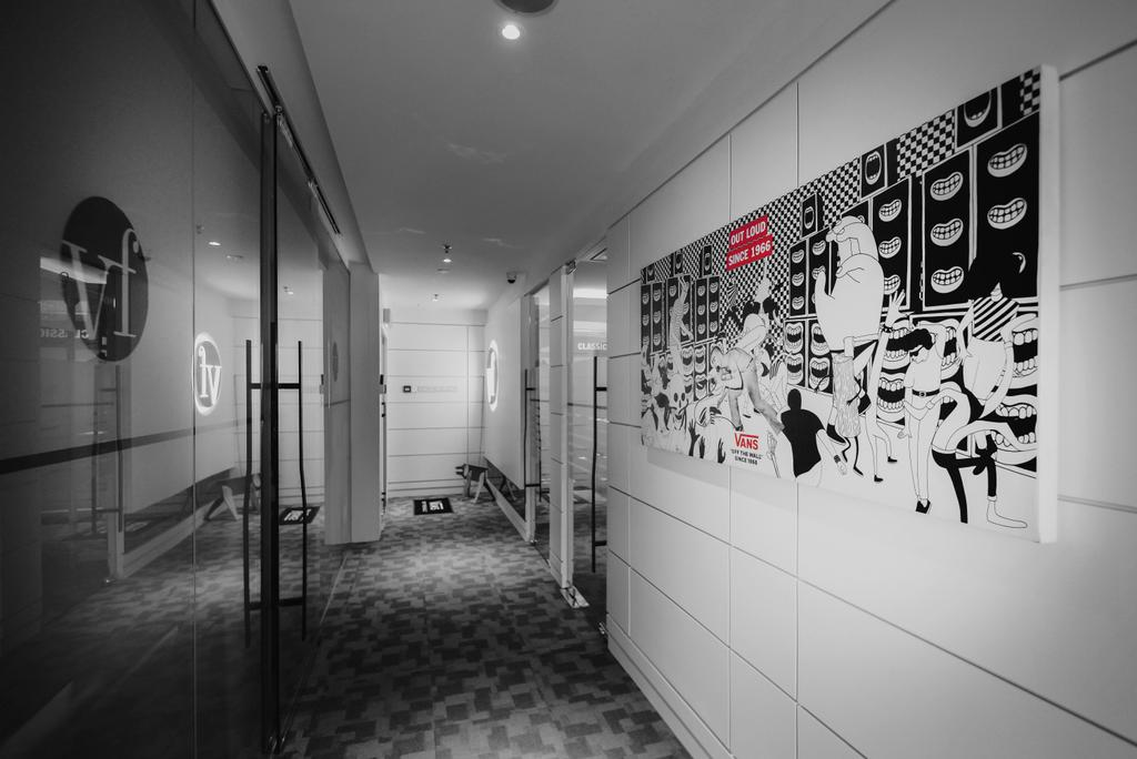 VF Brands Malaysia, KL, Commercial, Interior Designer, Dot Works, Retro, Contemporary, Industrial, Corridor