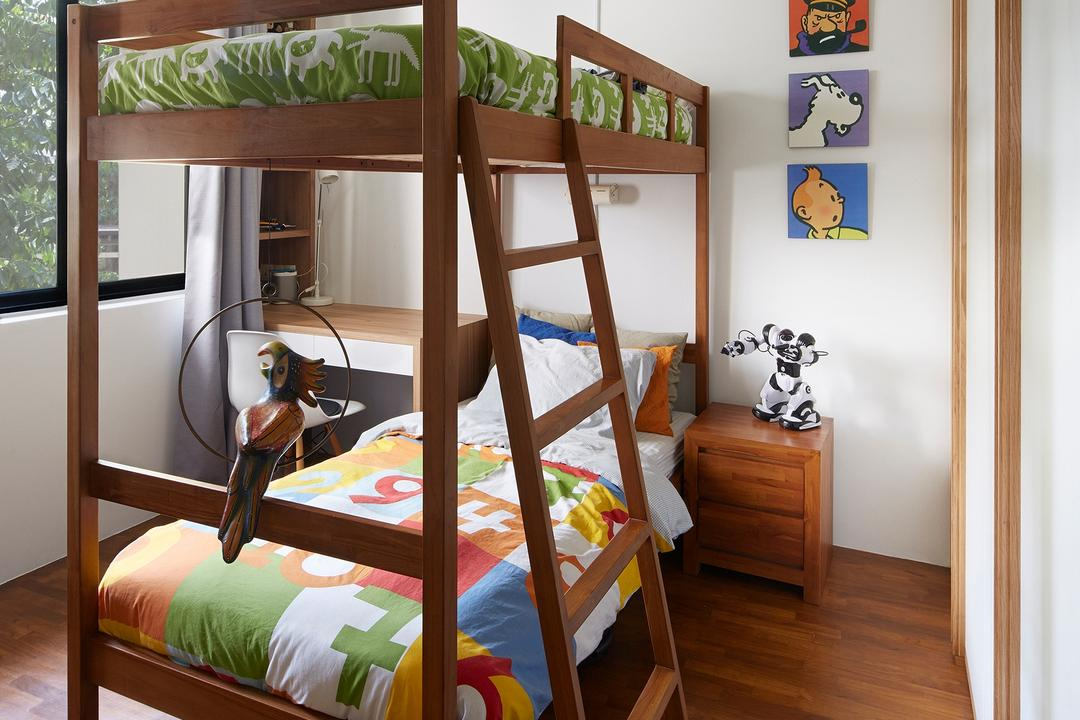 Hacienda, PROVOLK ARCHITECTS, Contemporary, Bedroom, Condo, Kids Room, Kids Room, Childrens Room, Child, Kids, Double Deck Bed, Double Decker, Ladder, Curtain, Bookcase, Wood, Tintin, Character, Bed, Furniture