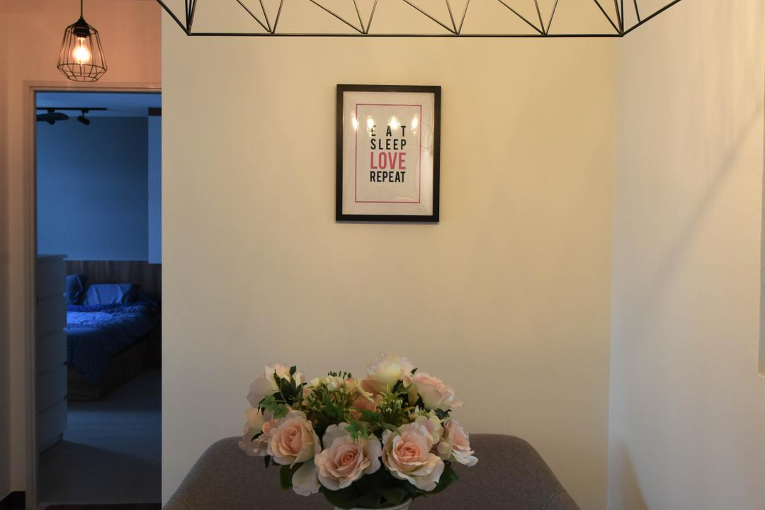 Whampoa Dew, Starry Homestead, Scandinavian, HDB, Blossom, Flora, Flower, Plant, Rose, Dining Room, Indoors, Interior Design, Room, Bedroom, Flower Arrangement, Ornament, Bed, Furniture, Art, Art Gallery, Flower Bouquet