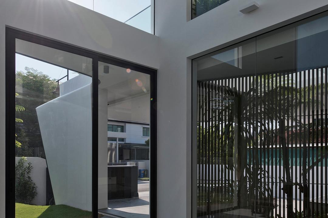 Tosca Street, Kite Studio Architecture, Modern, Living Room, Landed, Sofa, Coffee Tbale, Glass Windows, Blind, Marble, Door, Sliding Door
