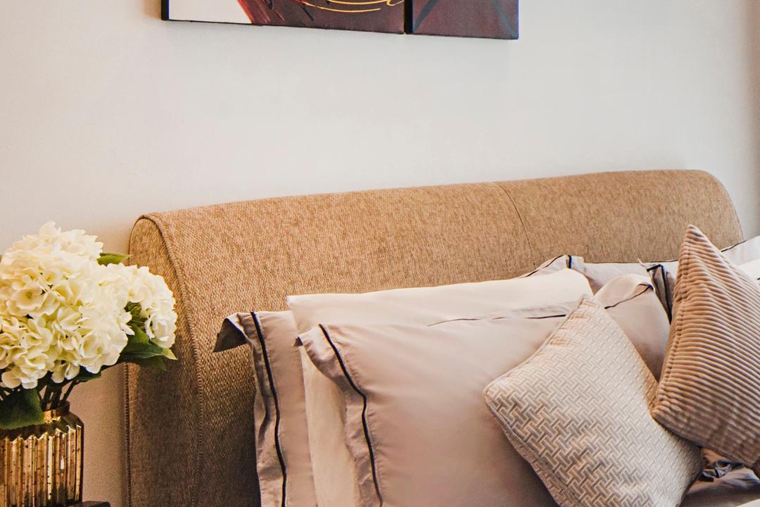 Bellewoods, Cozy Ideas Interior Design, Contemporary, Bedroom, Condo, Home Decor, Linen, Cushion, Jar, Pottery, Vase, Flora, Plant, Potted Plant
