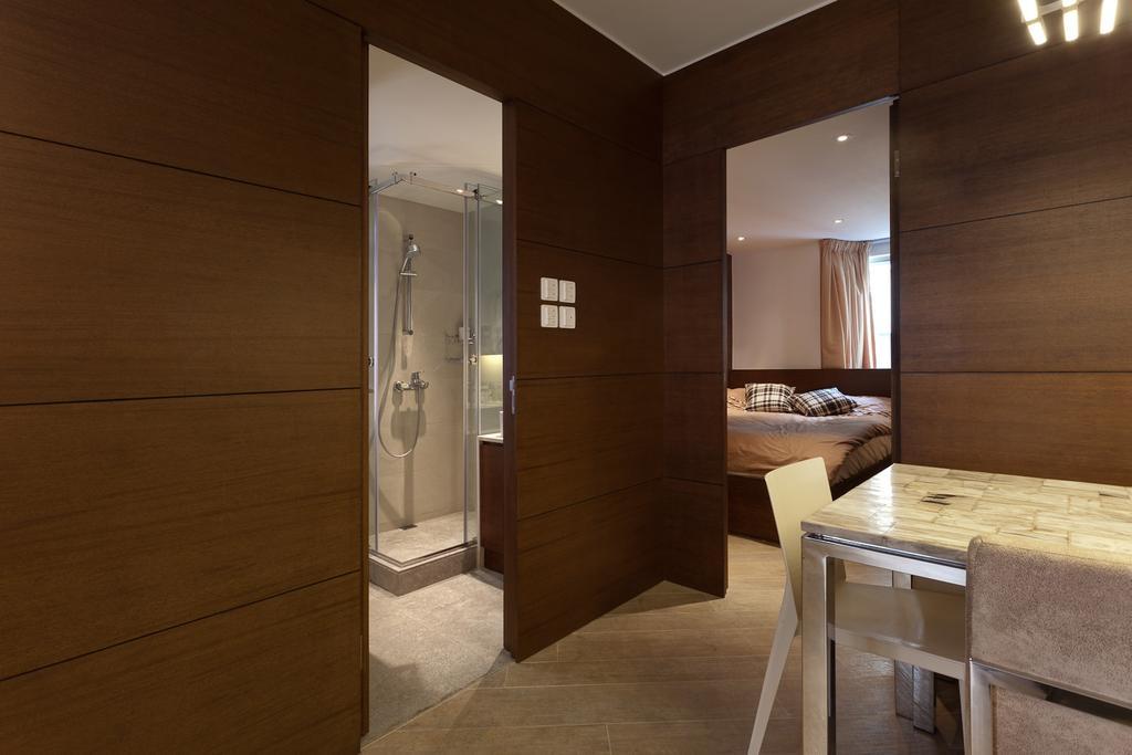私家樓, 客廳, 宇宙閣, 室內設計師, Fixonic Interior Design & Construction, Hallway, Corridor