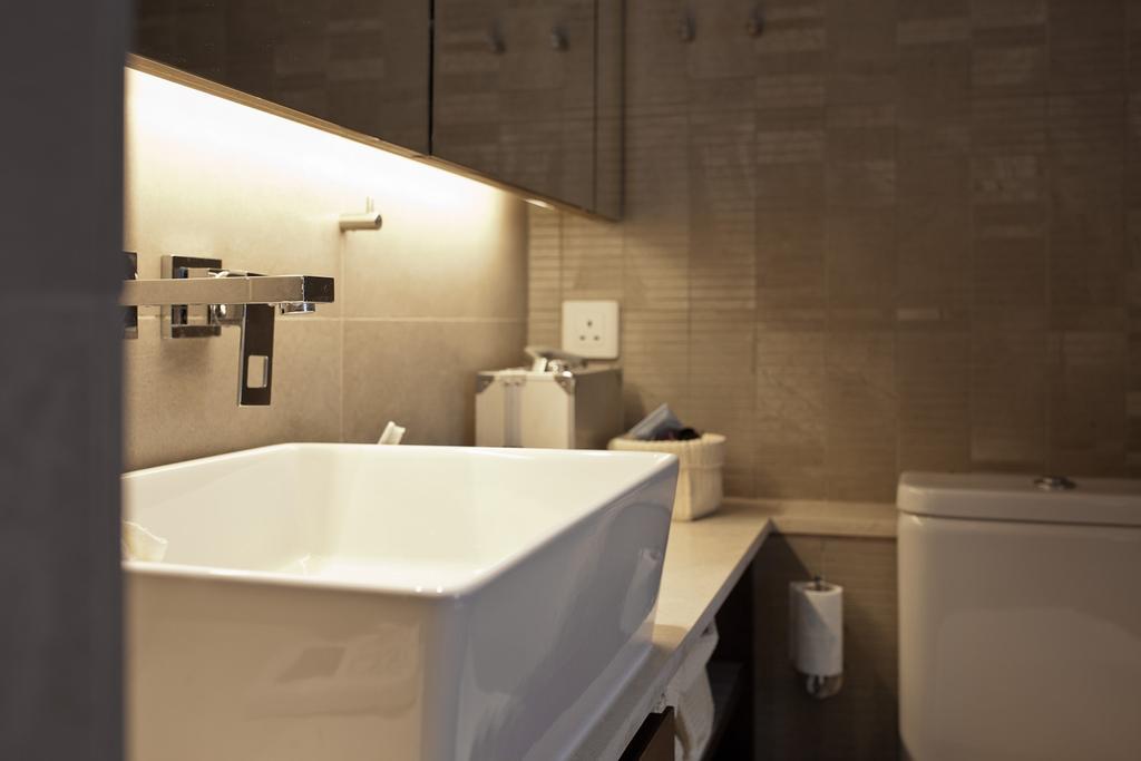 私家樓, 浴室, 宇宙閣, 室內設計師, Fixonic Interior Design & Construction, Sink, Indoors, Interior Design, Room, Appliance, Electrical Device, Washer