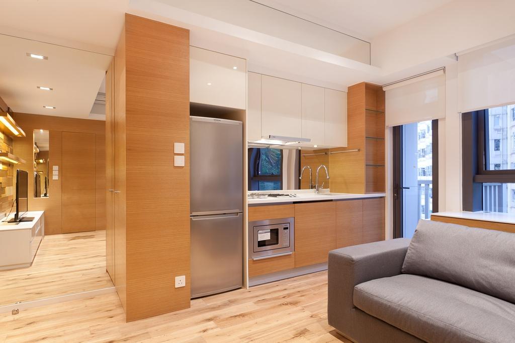摩登, 私家樓, 客廳, 尚巒, 室內設計師, Fixonic Interior Design & Construction, Open Concept, Fridge, Small Kitchen, Open Kitchen, Flooring, Indoors, Interior Design, Couch, Furniture